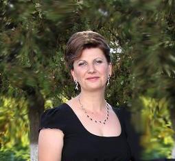 Elena Martinescu - Director